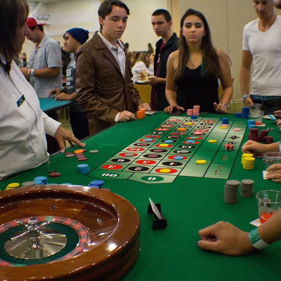 Tukwut Life - Casino Night